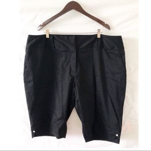Ashley Stewart Black Plus Size Classic shorts 24W